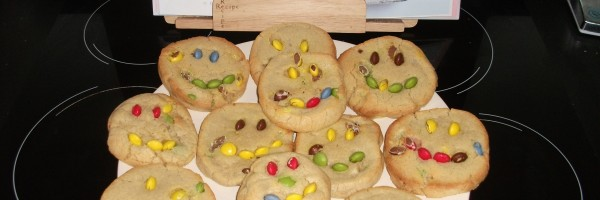 Smiley cookies ready to eat