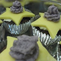 Chocolate and marzipan star cupcakes