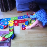'Wiggly wiggly' car racing track – #minicreations